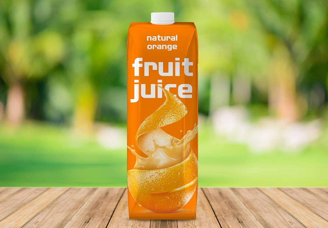 Envases y embalajes: maqueta de botella de jugo libre